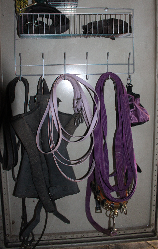 ordnungshelfer f r stall und weide pferde infoservice blog ein blog ber pferdehaltung. Black Bedroom Furniture Sets. Home Design Ideas
